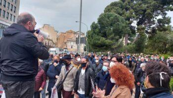 protesta_fateciriaprire_12aprile21